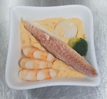 Cassolette de rouget, crevettes et noix de St Jacques (mini 10 pers)